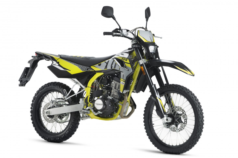 swm-rs-125-r-enduro-motocikli-prormotors-moto-salons-2020