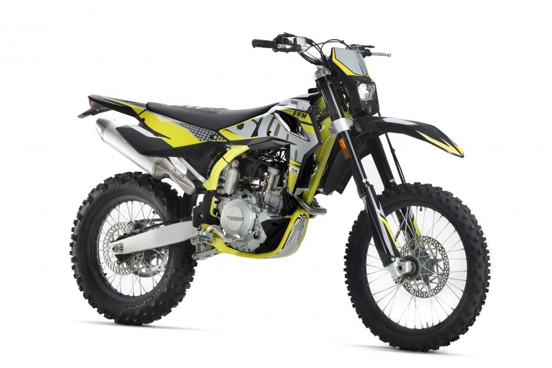 swm-rs-500-r-enduro-motocikli-prormotors-moto-salons