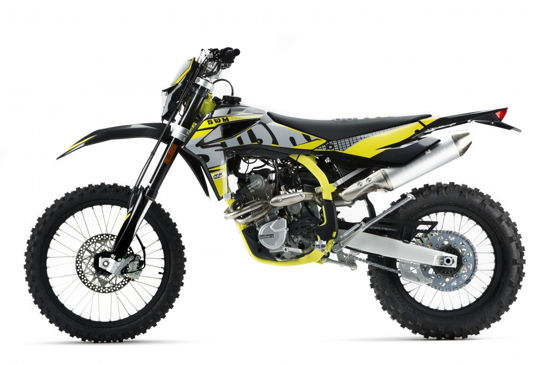swm-rs-500-r-enduro-motocikli-prormotors-moto-salons (3)