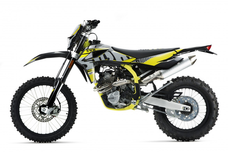 swm-rs300-r-enduro-motocikli-prormotors-moto-salons (3)