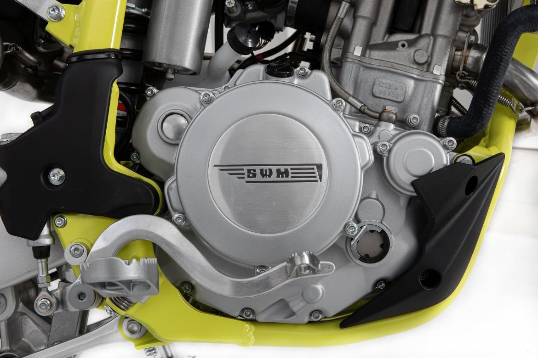 swm-rs300-r-enduro-motocikli-prormotors-moto-salons (6)