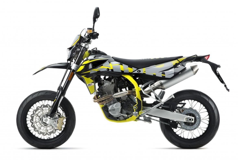 swm-sm-500-r-super-moto-motocikli-prormotors-moto-salons (3)