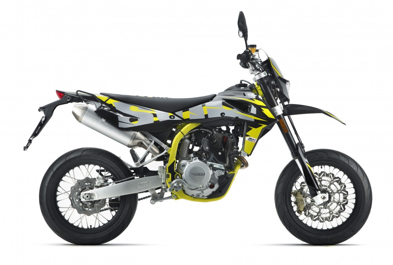 swm-sm-500-r-super-moto-motocikli-prormotors-moto-salons (4)